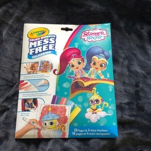 """4 for $20"" crayola mess free shimmer and shine"